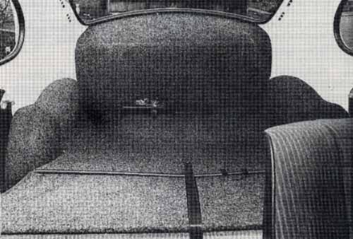 Volkswagen Audi Car - September 1986 - More space for luggage in back with seat folded