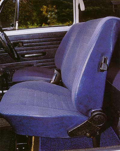 VW Motoring January 2003 - Interior