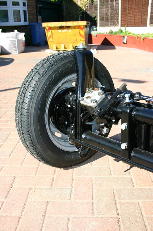 July 2006 - Rolling chassis